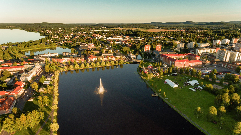 Vy över Boden från luften sommartid. Foto: Mats Engfors / Fotographic