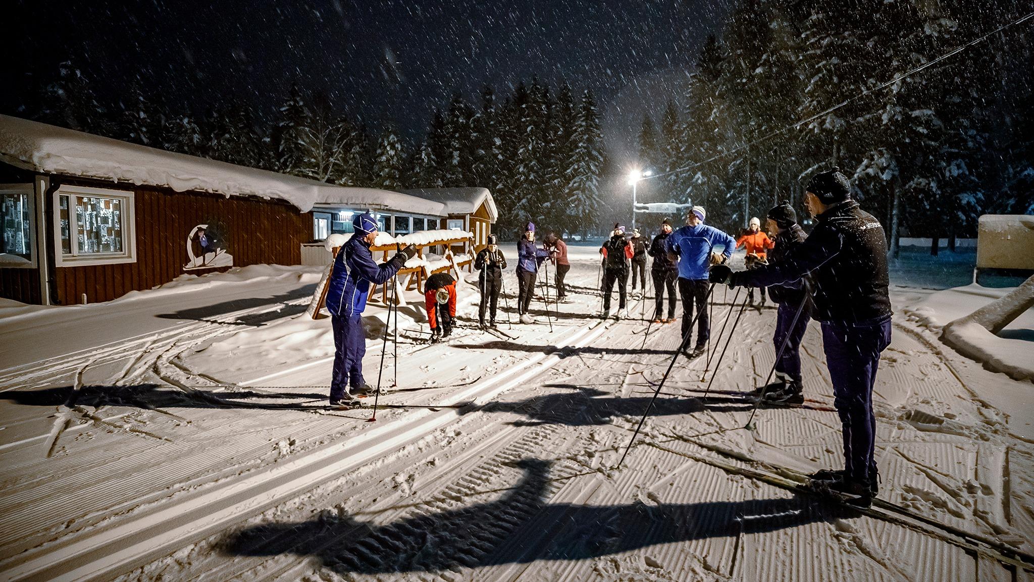 Skidskola med Sävast ski team