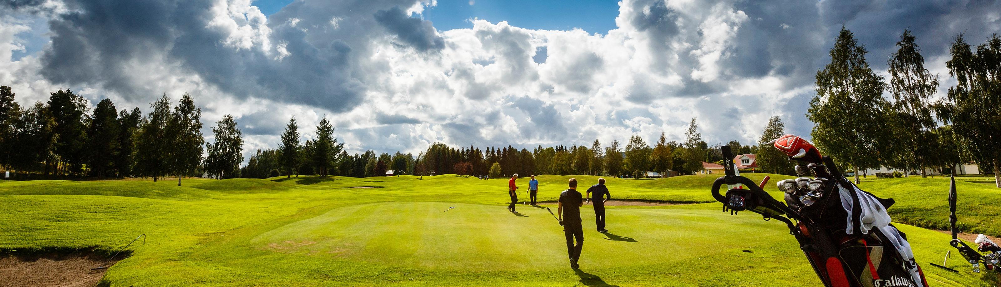 Spela golf 15 minuter från centrum