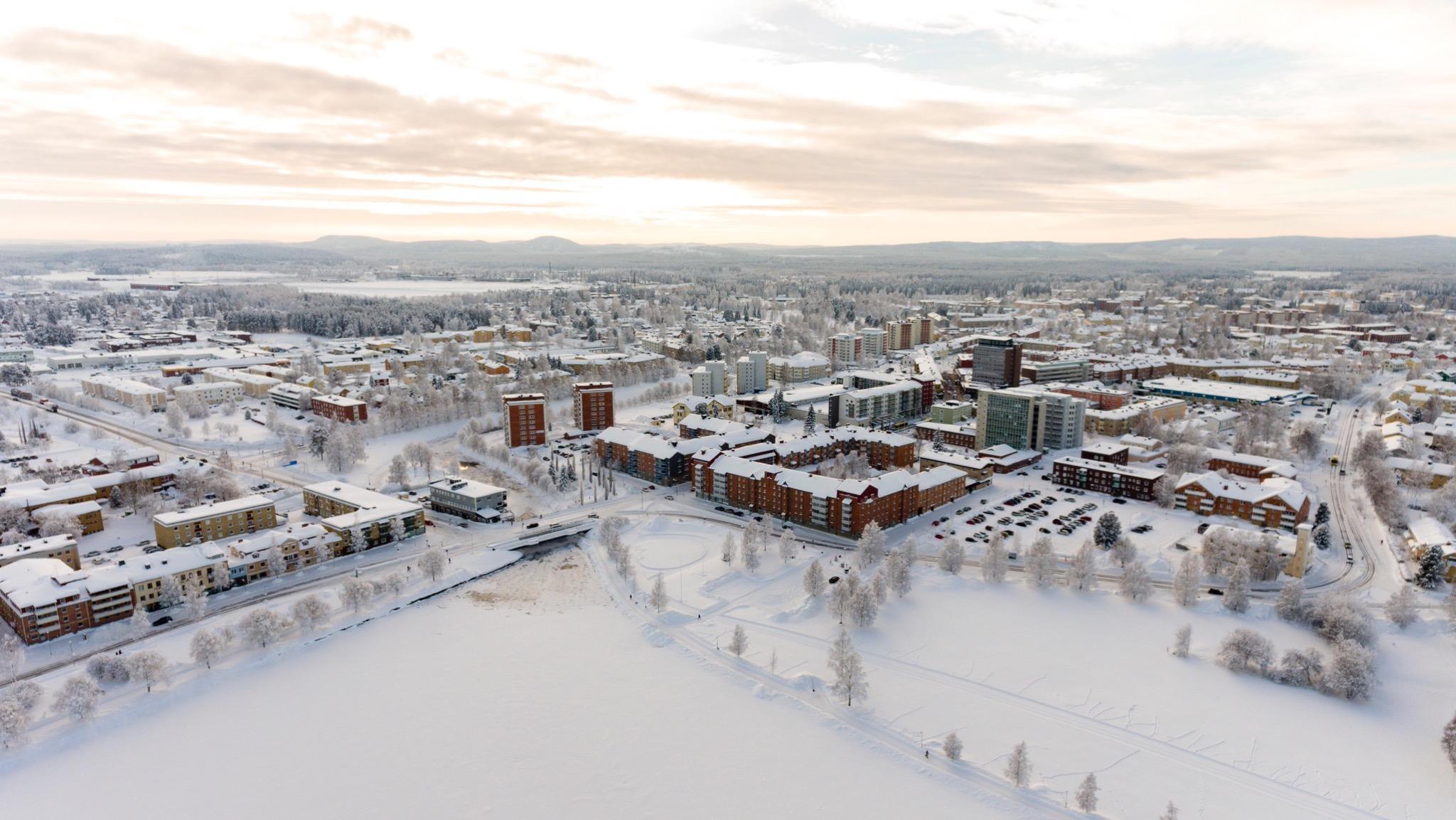 Ett vintrigt Boden centrum sett från ovan.